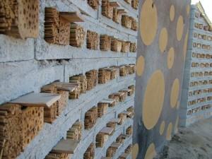 Bijenhotel muren detail foto